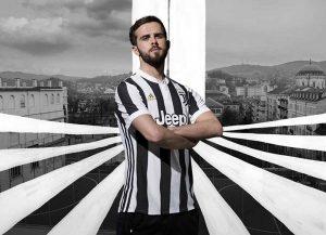 Juventus trình làng áo đấu mới