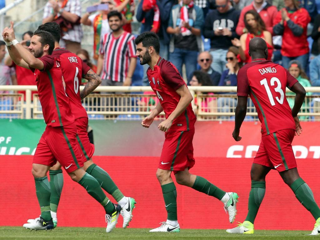 U20 Uruguay hạ Bồ Đào Nha và bước vào bán kết
