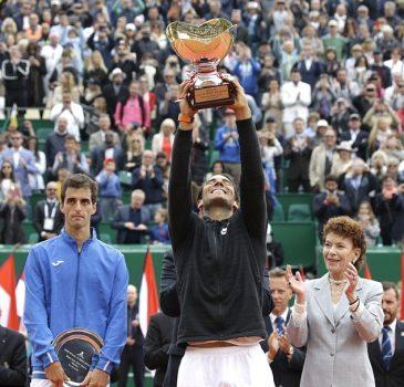 Ông vua Rafael Nadal đang quay trở lại