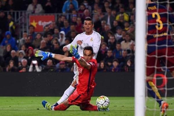 Ronaldo là hung thần của Bravo