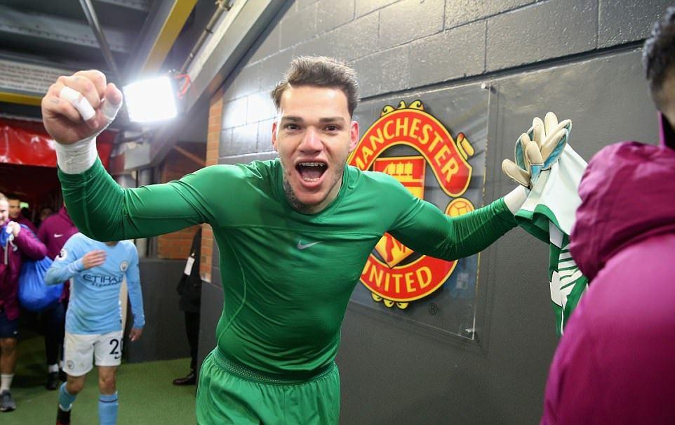 """Cầu thủ cầm đầu Quỷ đỏ """"khô máu"""" với Man City để trả đũa cho Mourinho là ai"""