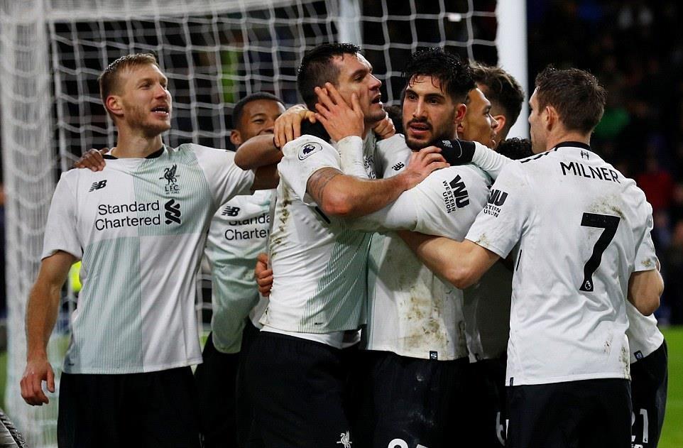 Klavan trở thành người hùng của Liverpool