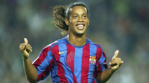 Ronaldinho đã chính thức lên tiếng giải nghệ
