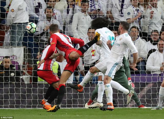 C.Ronaldo ghi thêm 4 bàn thắng