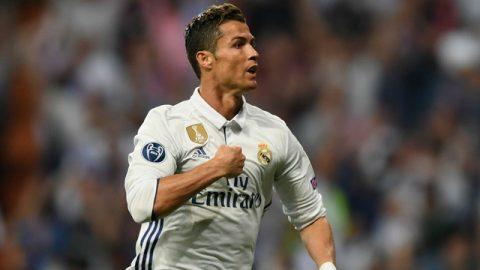 """C.Ronaldo: """"Không ai sánh được với tôi, không có CR7 thứ hai"""