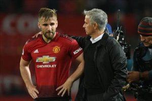 Thất bại trên sân nhà, Mourinho vẫn khen ngợi Luke Shaw