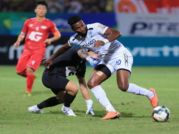 TP.HCM, HAGL, Thanh Hóa thăng hoa tại V-League