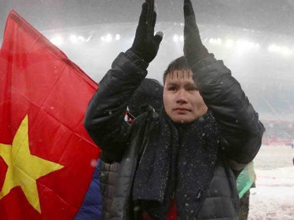 Hình ảnh Quang Hải đẹp -Đây là hình ảnh của Quang Hải sau khi kết thúc trận đấu với U23 Uzbekistan tại Thường Châu
