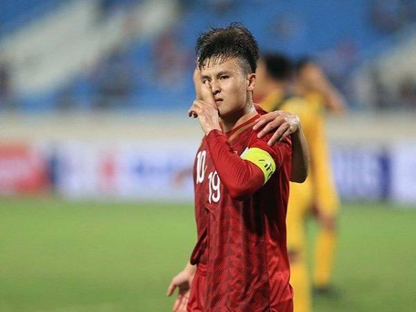 Hình ảnh Quang Hải đẹp -Một động tác nhỏ của anh cũng gây sự chú ý đặc biệt từ fans