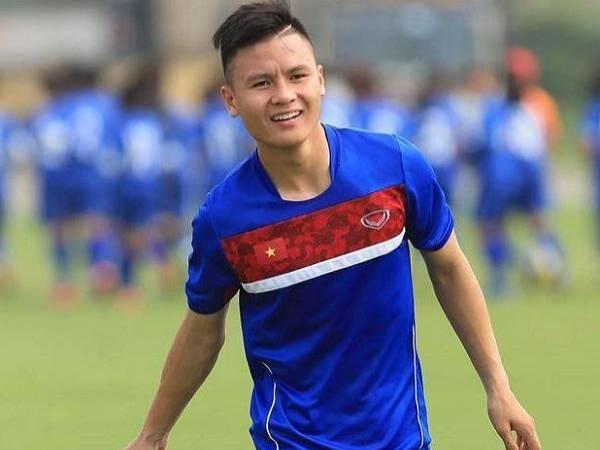 Hình ảnh Quang Hải đẹp -Với nụ cười tỏa nắng, Quang Hải khiến không ít fan nữ phải 'mê mệt'