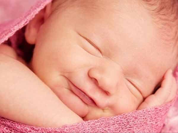 Mơ thấy sinh em bé thì nên đánh số đề con bao nhiêu?