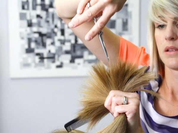 Chiêm bao thấy cắt tóc nên đánh con bao nhiêu để đổi đời?