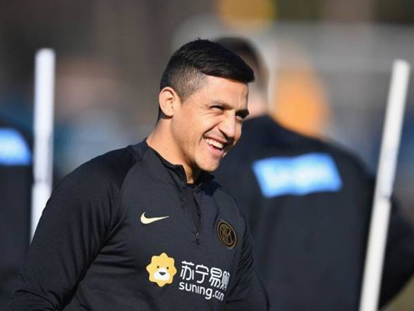 Manchester United mang Alexis Sanchez ra trao đổi lấy Sancho