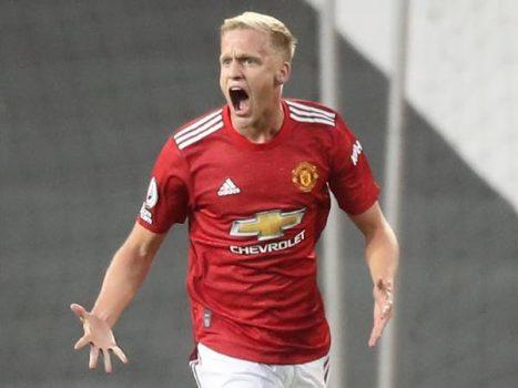 Tin bóng đá QT tối 25/11: Van de Beek đã đủ tốt với M.U chưa Solskjaer?