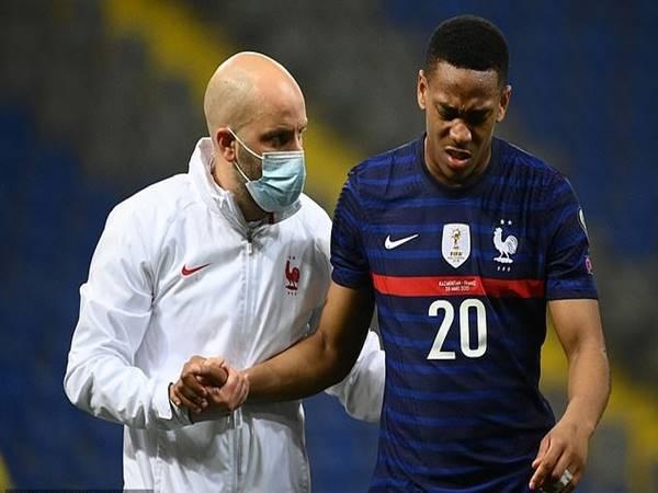 Bóng đá Quốc Tế ngày 2/4: MU nhận tin xấu về Martial