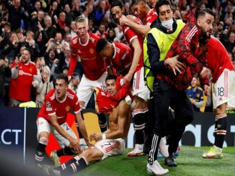 Bóng đá QT 22/10: MU và West Ham nhận án phạt từ UEFA
